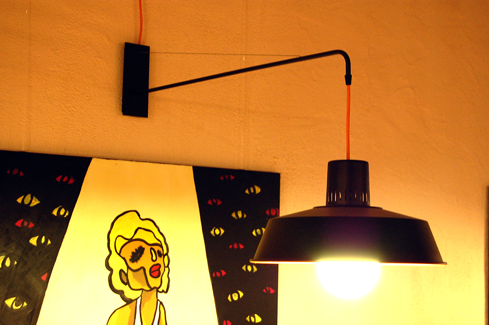 lampara pared