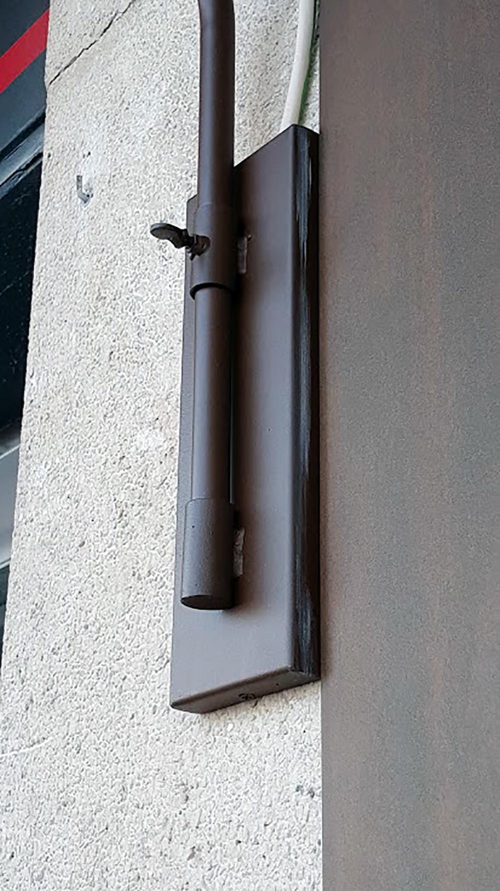 detalle del soporte de pared